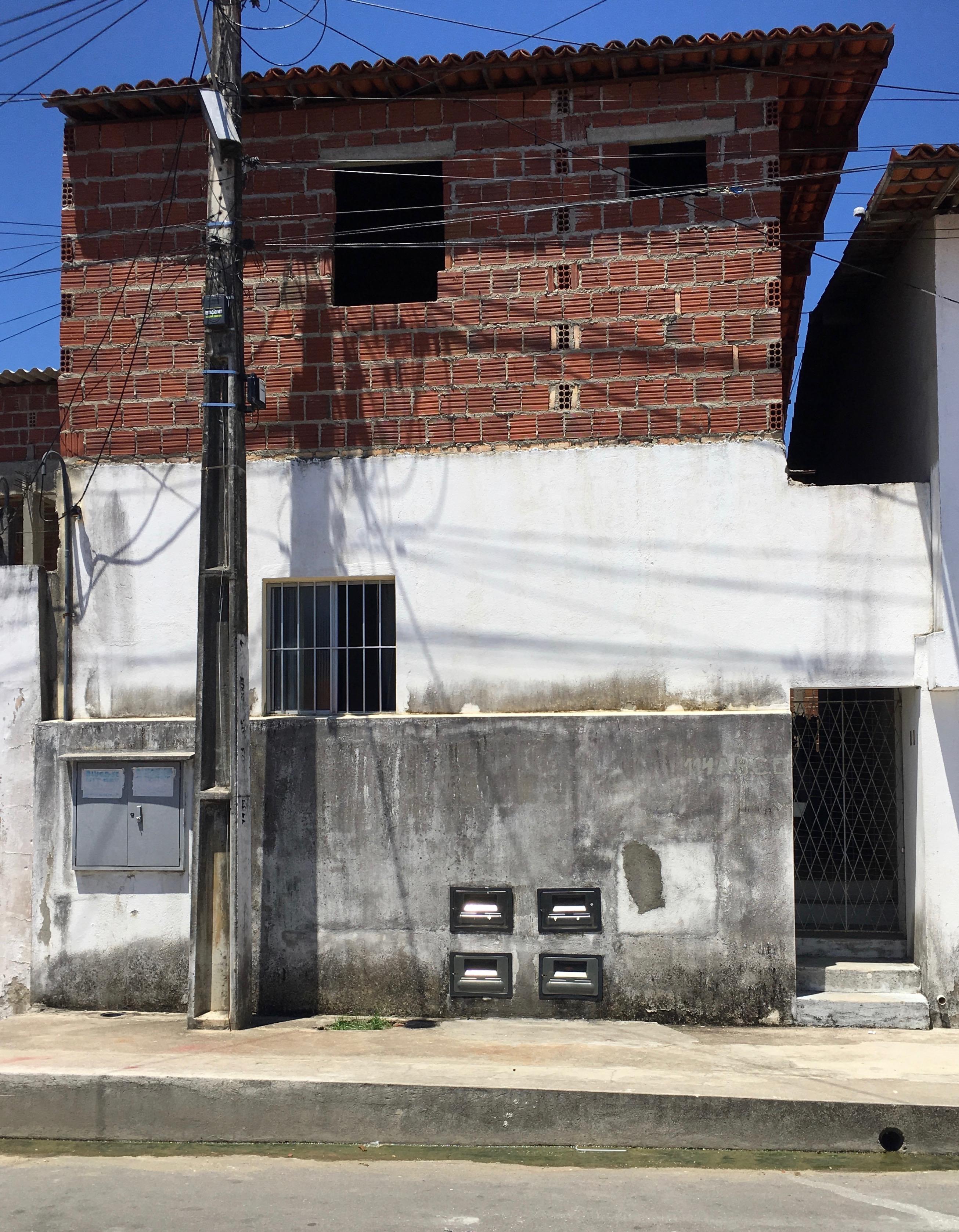 Kitnets no Conj Brasil Novo